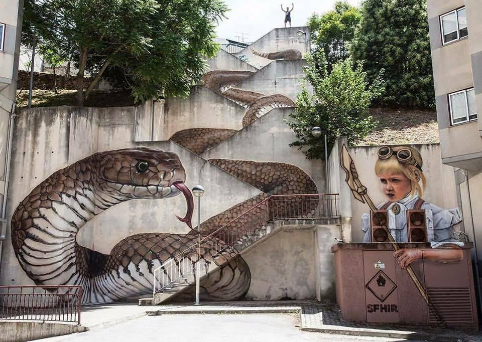 snake-wall