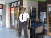 Laziness_Level_-_Mall_Cop_-_26-04-2012