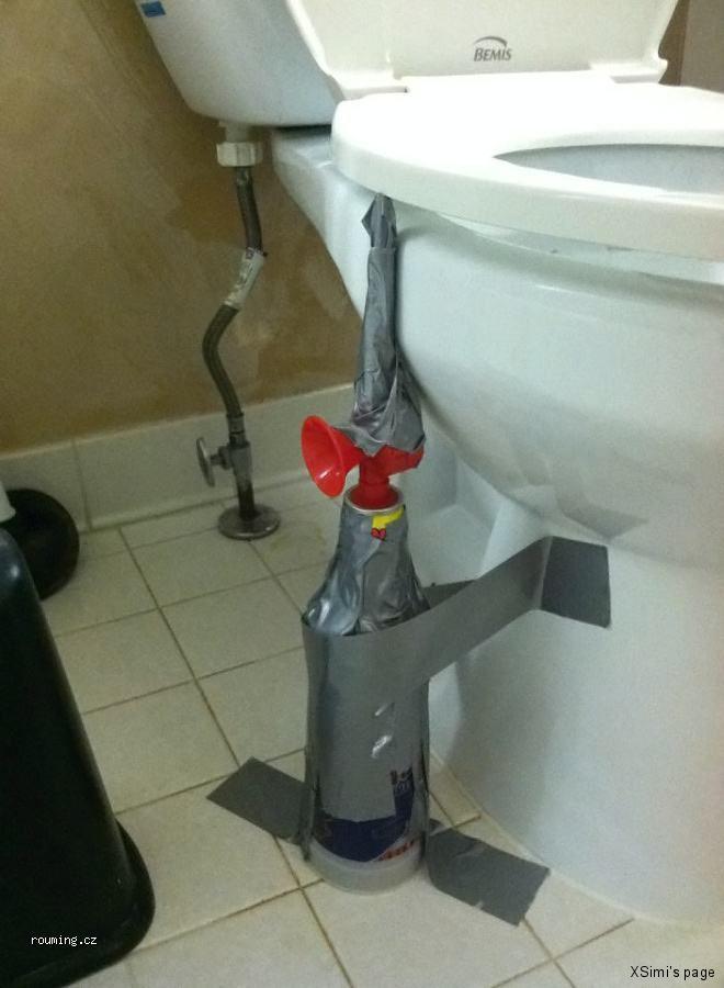 Mean_Toilet_Prank_